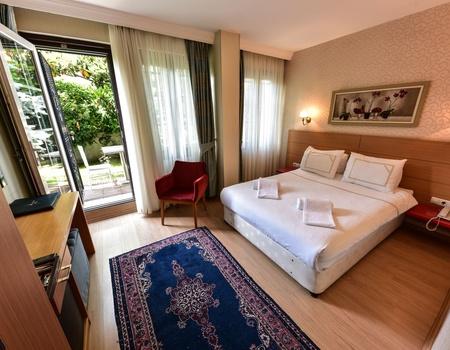 Almina Hotel 4*