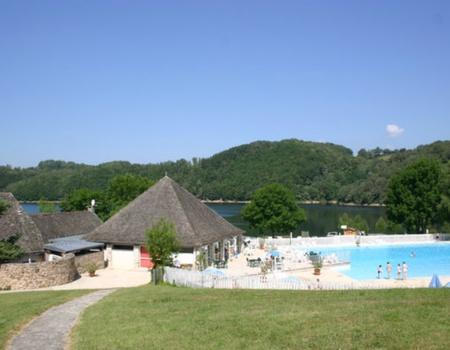 Camping Domaines des Tours 4*