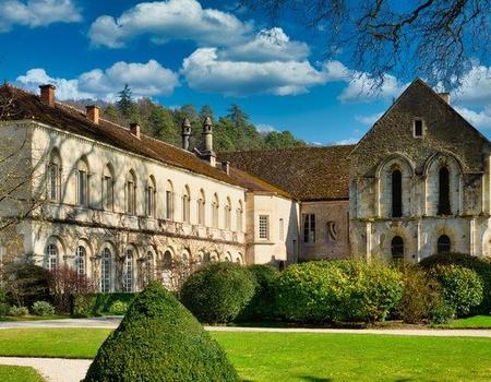 Trésors de la Bourgogne ducale et monacale, France - Collection Intermèdes by Asia