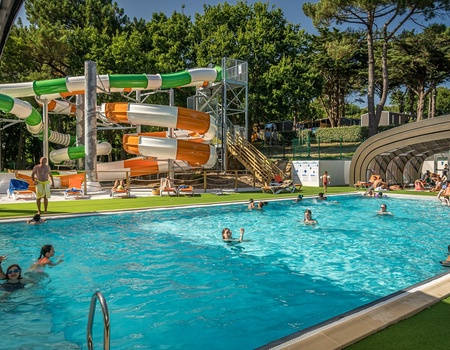 Camping Les Ajoncs d'Or, 3*