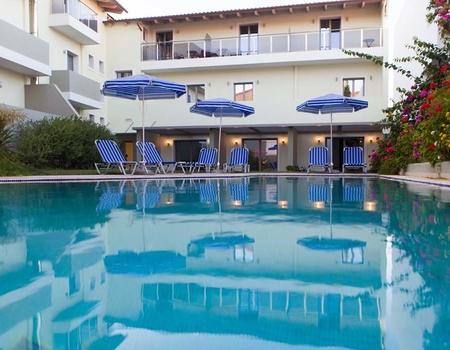 Hôtel Panormo Beach 3*