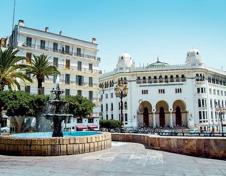 Alger et les deux Kabylie