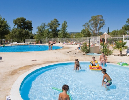 Camping Domaine des Iscles, 4*