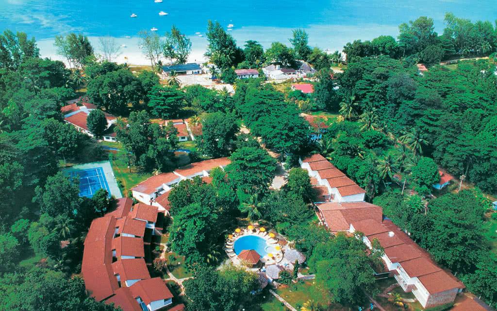 Combiné 2 îles : Mahé / Praslin en hôtel 3* (12nuits)