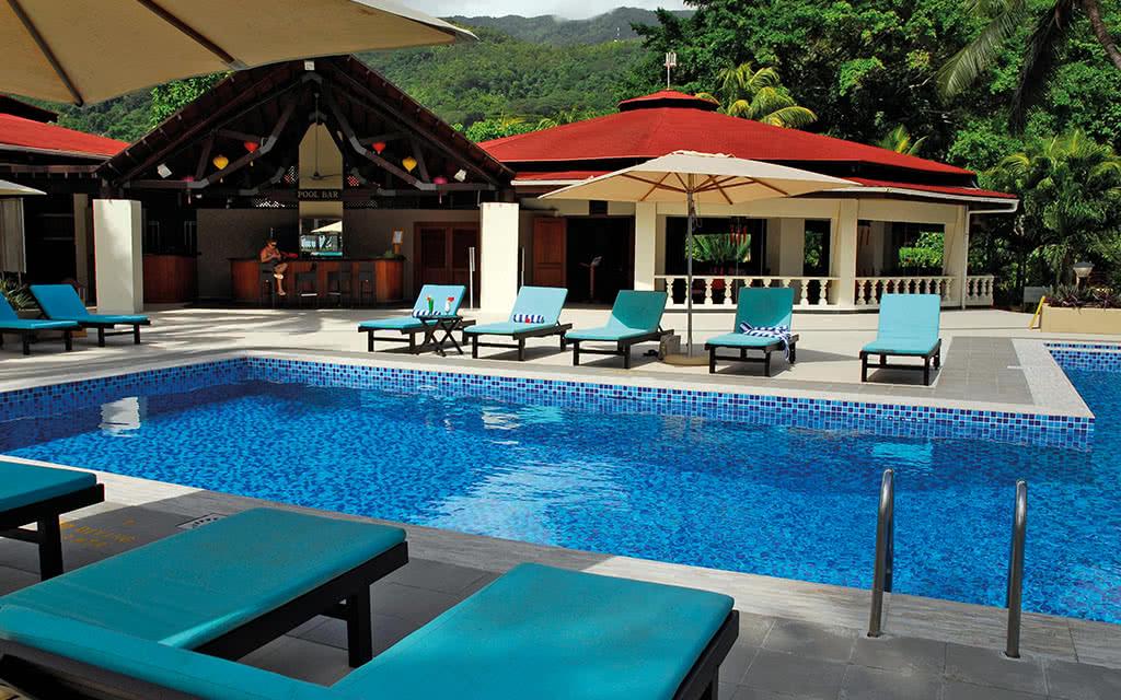 Hôtel Berjaya Beauvallon Bay 3*