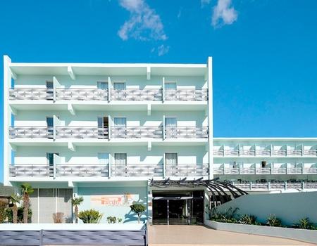 Hôtel Azuline Pacific 3*