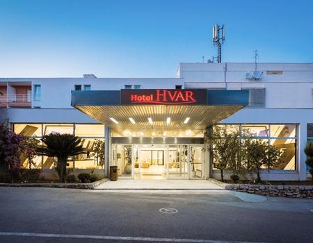 Hôtel Hvar 3*