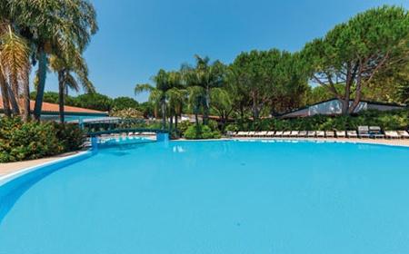 Top Clubs Villaggio Oasis 4*