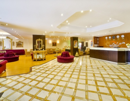 Hôtel Grand Ant 3*