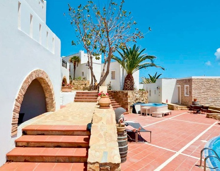 Hôtel Naxos Magic Village 3* - arrivée Santorin