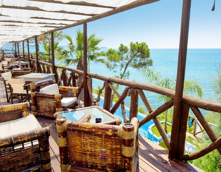 Hôtel Gloria Maris Hotel Suites & Villas 3*