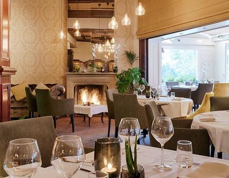 Séjournez dans un hôtel de luxe et découvrez la ville historique de Bruges 3*