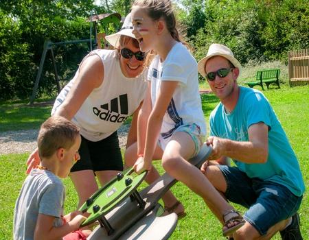 Camping Ile du Rhin  2*