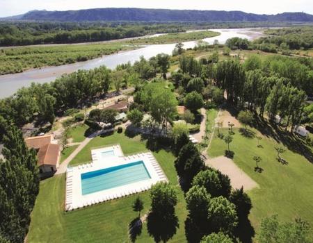 Camping Les Rives du Luberon 4*