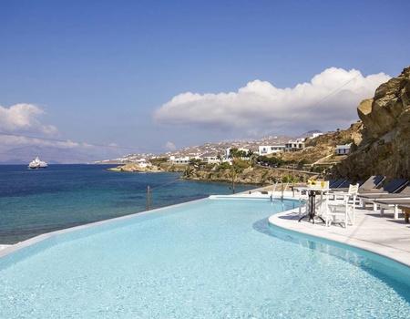 Hôtel Mykonos Beach 3* - arrivée Santorin