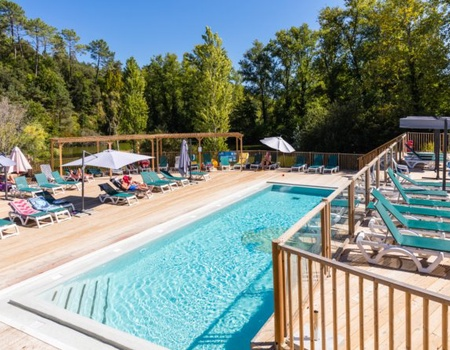 Camping Le Val d'Ussel 4*