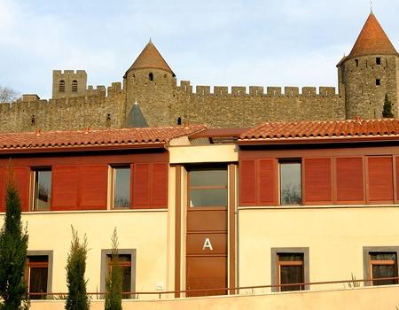 Adonis Carcassonne - Résidence La Barbacane 3*