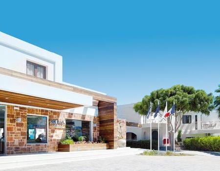 Hôtel Minos Village 3*