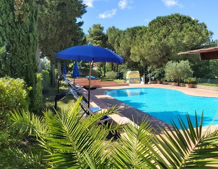 Camping Toscana Holiday Village, 3*