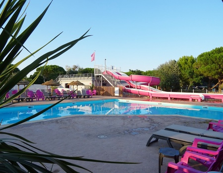 Camping Les Flamants Roses 4*