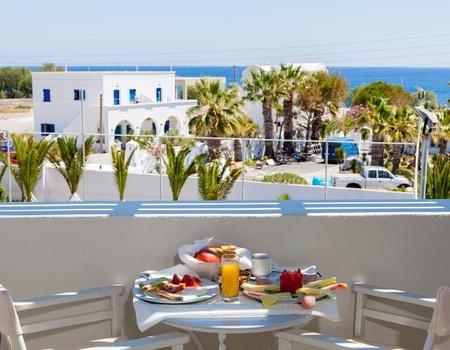 Hôtel Okeanis Beach 3* sup. - Arrivée Santorin