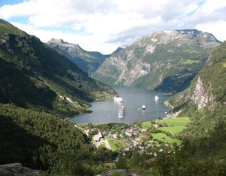 Circuit Petit Tour entre Fjords et Trolls