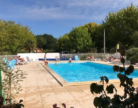 Camping La Chesnays, 4*