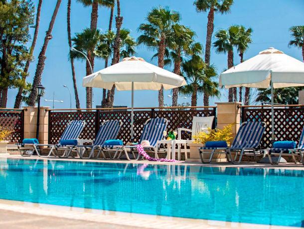 Hôtel Kapetanios Limassol 3*