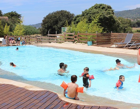 Camping Le Colomba 4*