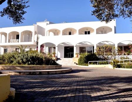 Hôtel Mantenia 3*