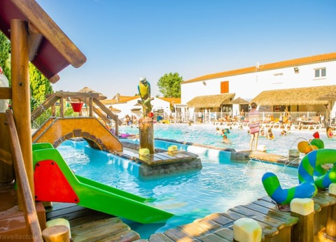 Camping Centre Equestre Airotel Oléron 4* - 1