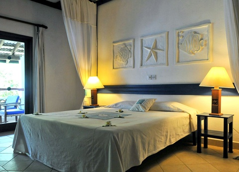 Hôtel Pinewood Beach & Spa Resort - 1
