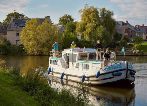 La Vilaine en bateau sans permis : Menhirs et châteaux - 1