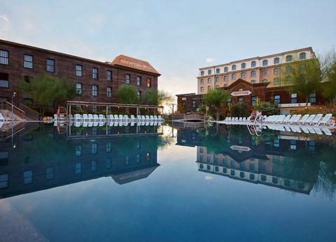 RÉSERVEZ 15 JOURS À L'AVANCE ET PROFITEZ DE 15% DE RÉDUCTION PortAventura Hôtel Gold River 4* - 1