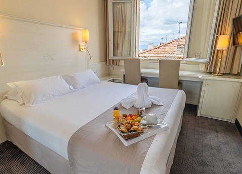 Hôtel Napoléon 3* - 1