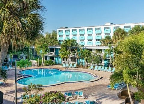 Coco Key Hotel and Water Park Resort 3* - 1