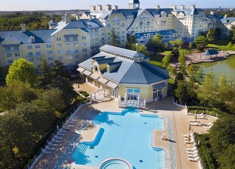 Disney's Newport Bay Club - Jusqu'à -35% sur votre séjour + séjour offert pour les moins de 12 ans! - 1