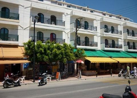 Hôtel Pela Maria 3* - 1