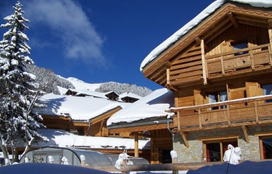 Chalet Le Loup Lodge - 1