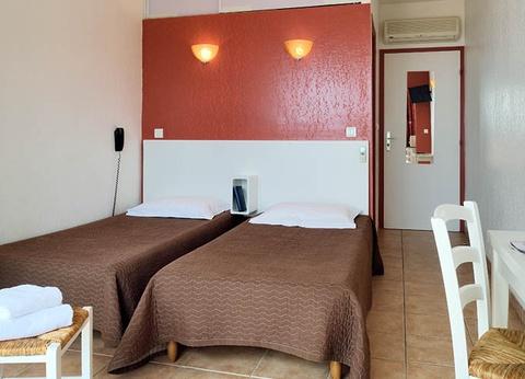Hôtel Alata 2* - 1