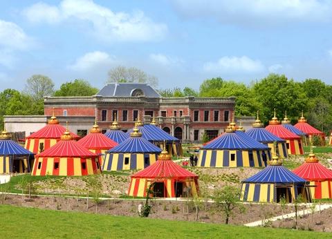 Puy du Fou - Hôtel Le Camp Du Drap D'Or avec accès au parc et à la Cinéscénie - 1