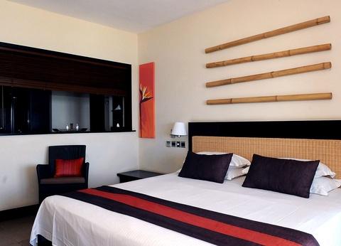 Hôtel Pearle Beach Resort & Spa 4* - 1