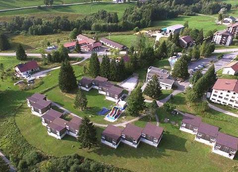 VVF Club Essentiel Les Monts du Jura - 1