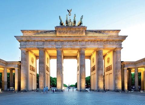 Le Grand Tour d'Europe Centrale - 1