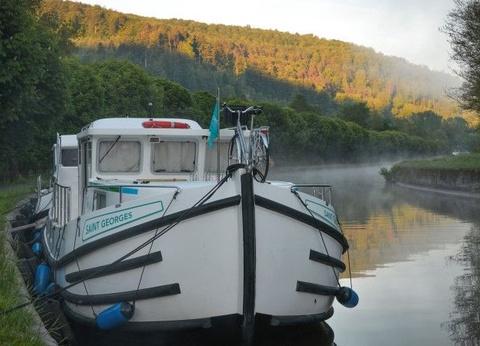 Canal de la Saare en bateau sans permis : La Lorraine vue de l'eau - 1