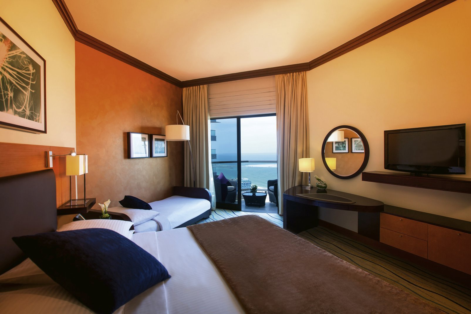 Mövenpick Hotel Jumeirah Beach 5* - 1