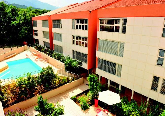 residence les balcons du canigou vernet les bains pyrenees france avec voyages leclerc. Black Bedroom Furniture Sets. Home Design Ideas