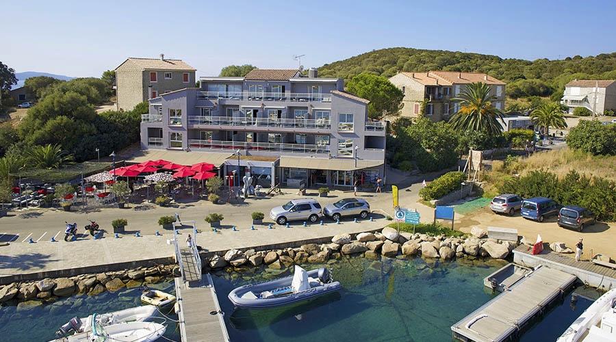 Hotel le golfe piscine spa 4 porto pollo corse - Hotel porto portugal avec piscine ...