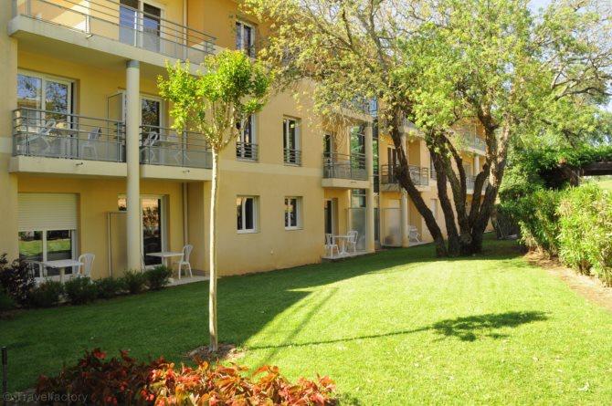Residence nemea appart hotel green side biot sud est et for Appart hotel sud est