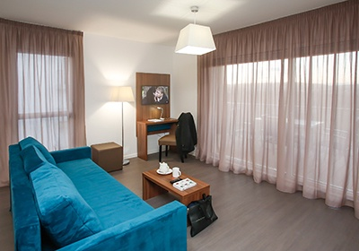 Appart 39 hotel metz manufacture metz alsace lorraine grand for Appart hotel sud est france